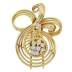 Gaucherand Gold Diamond Wire Scroll Brooch