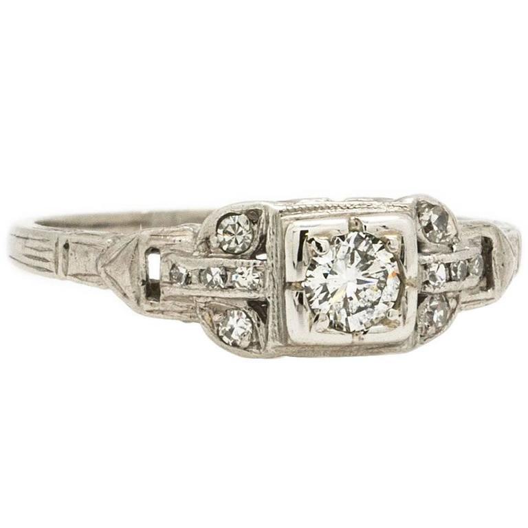 Art Deco 0.25 Carat Diamond Platinum Engagement Ring, circa 1930s