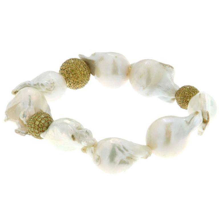 Fresh Water Pearl Bracelet with Yellow Diamonds