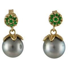 Barbara Dini Gioielli Tsavorite Gray Pearls Gold Earrings