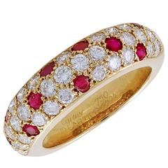 Cartier Ruby Yellow Gold Ring