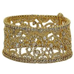 Yellow Gold Hinged Bangle Bracelet with 16.25 Carats of Uncut Diamonds