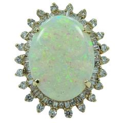 8.95 Carat Opal Diamonds Yellow Gold Ring