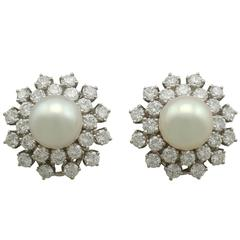 1970s Cultured Pearl and 1.82 Carat Diamond White Gold Clip-On Earring