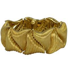 Henry Dunay Textured Gold Link Bracelet