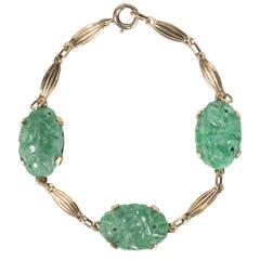 Sophisticated Mid-Century Modernist Carved Jade and Gold Bracelet