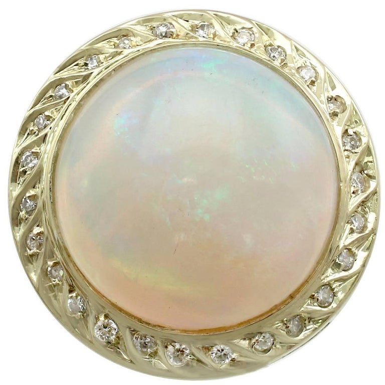 b93f91fdbeca5 1940s 4.35 Carat Opal and Diamond Yellow Gold Cocktail Ring