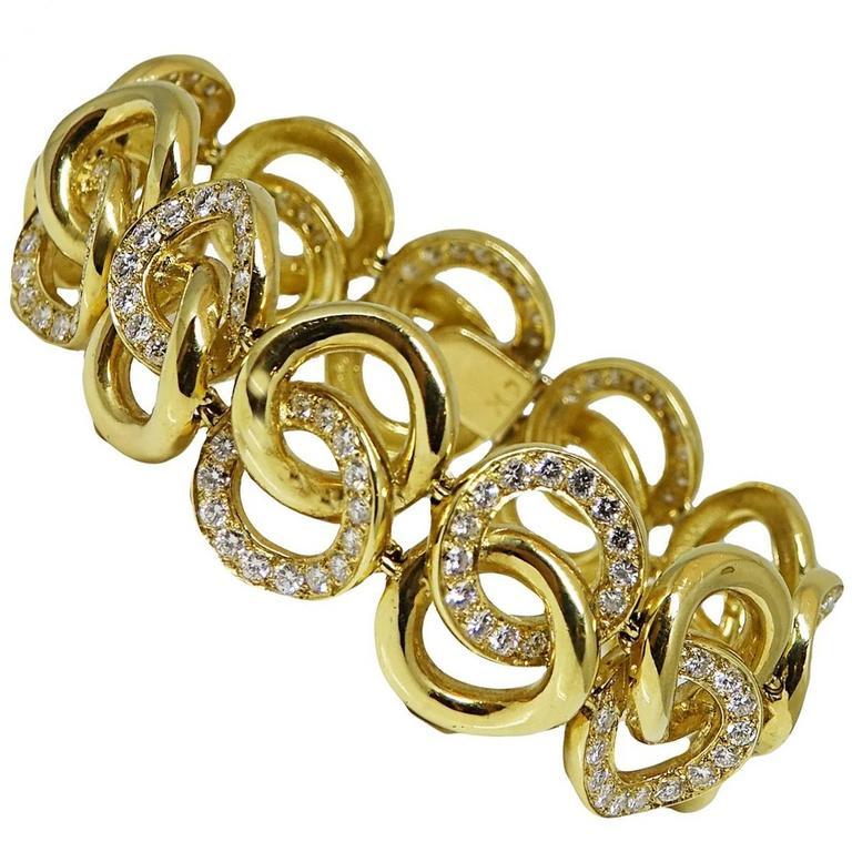 9.00 Carats Diamonds Yellow Gold Bracelet