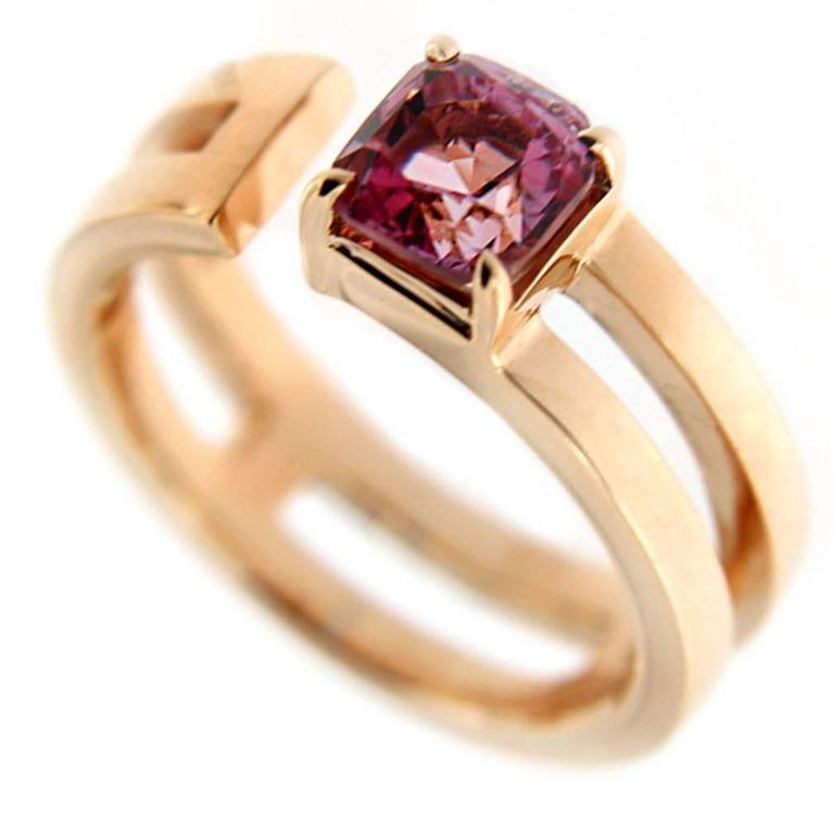 Jona Pink Spinel 18 Karat Yellow Gold Band Ring
