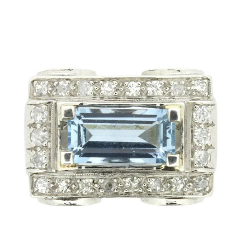 Art Deco Style 1.50 Carat Aquamarine and Diamond Cluster Cocktail Ring