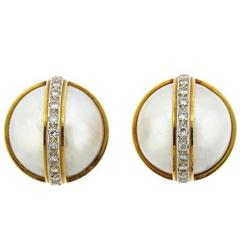 Gold Mabe Pearl and 0.50 Carats Diamonds Gold Clip Earrings, 1990s