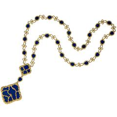 1970s French Lapis Lazuli Gold Organic Link Pendant Necklace