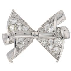 Art Deco Diamond Bow Brooch in Platinum