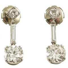 Art Deco Diamond Drop Earrings Platinum Set, circa 1920