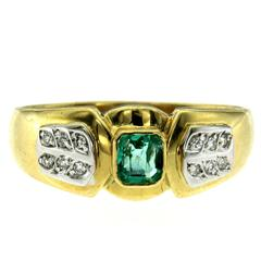 Retro Emerald Diamond Gold Ring