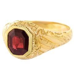 Antique Garnet Gold Ring