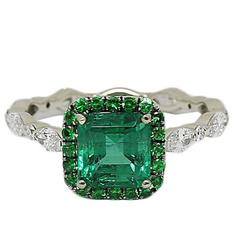 Emerald Tsavorite Diamond White Gold Ring