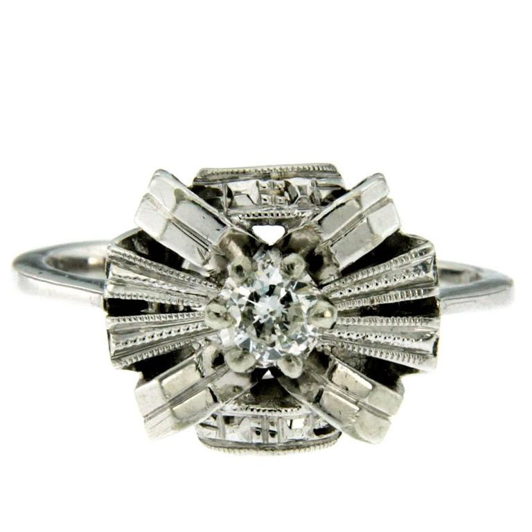Art Deco Diamond Solitaire Gold Ring