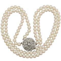 1970s Double Strand Pearl Necklace with 1.05 Carat Diamond White Gold Clasp