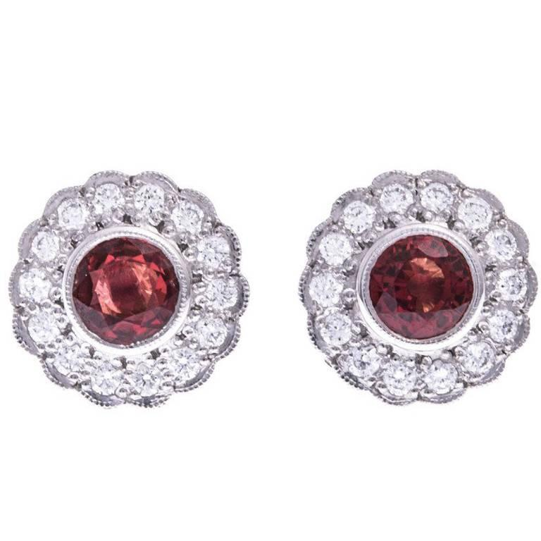 18 Carat White Gold 1.27 Carat Orange Sapphire and Diamond Halo Stud  Earrings For Sale