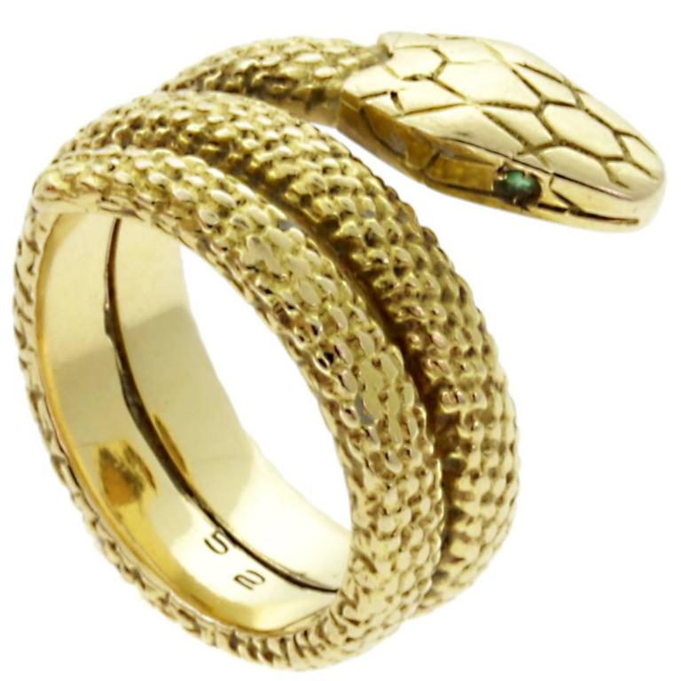 Cartier Snake Emerald Gold Ring For Sale