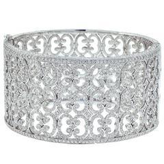Stunning Diamond White Gold Scroll Design Bracelet
