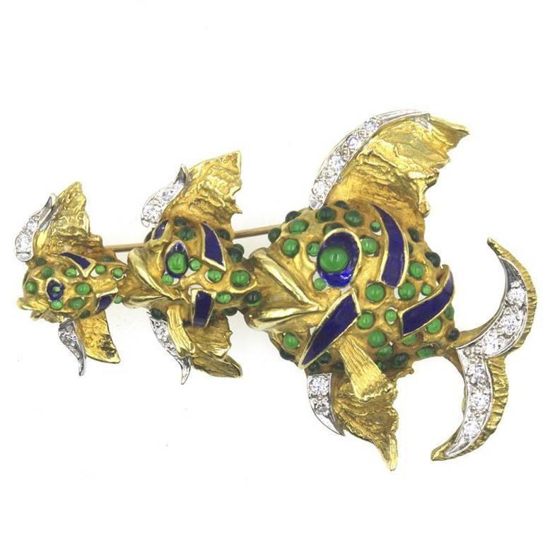 Enamel Emerald 18 Karat Yellow Gold Fish Brooch Pin