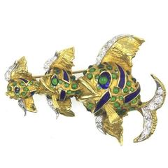 Enamel Emerald 18 Karat Yellow Gold Fish Brooch Pin