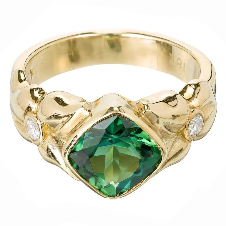 2.50 Carat Green Tourmaline Diamond Gold Cocktail Ring For Sale