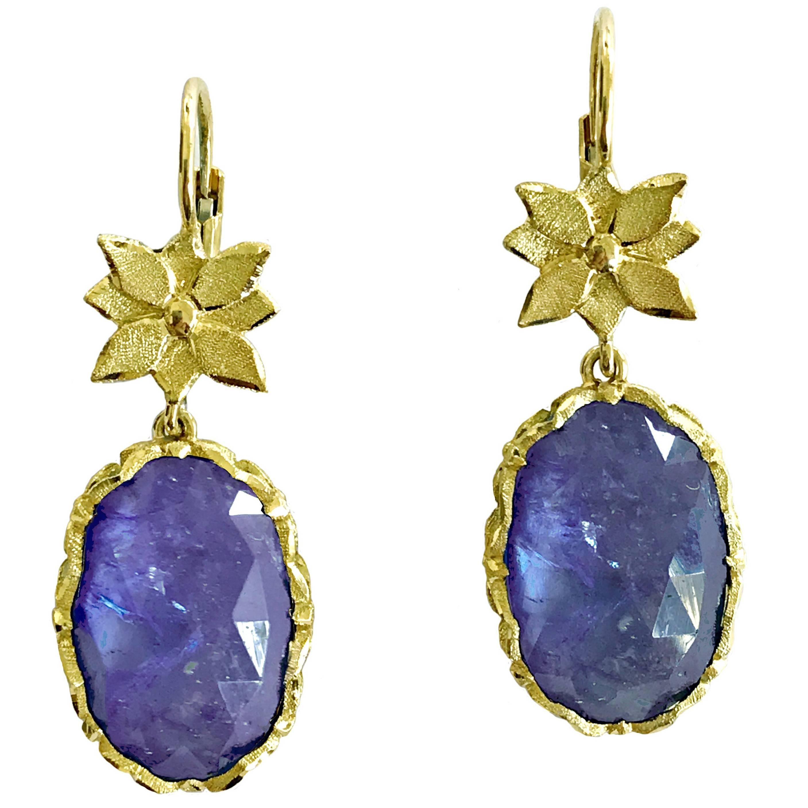 Dalben Tanzanite Leaf Engraved Gold Dangle Earrings