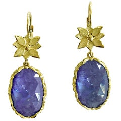Dalben Tanzanite Leaf Engraved Gold Dangle Earrings