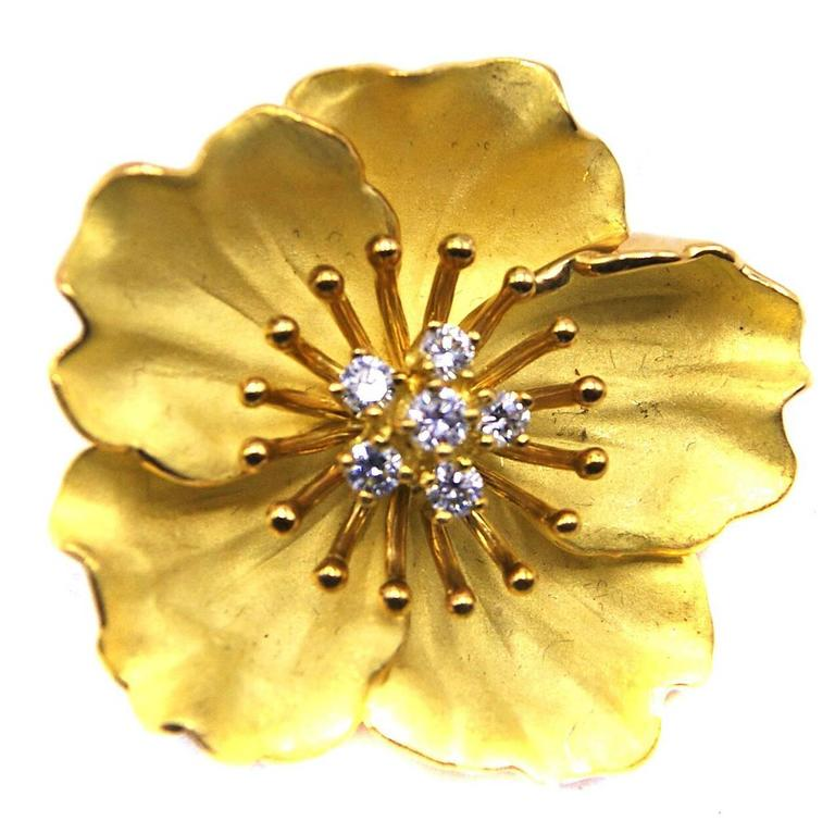 b5e857a4cfbbe Tiffany & Co. Diamond Gold Dogwood Flower Brooch
