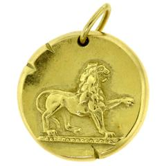 Estate Van Cleef & Arpels 18 Karat Yellow Gold Leo Zodiac Pendant
