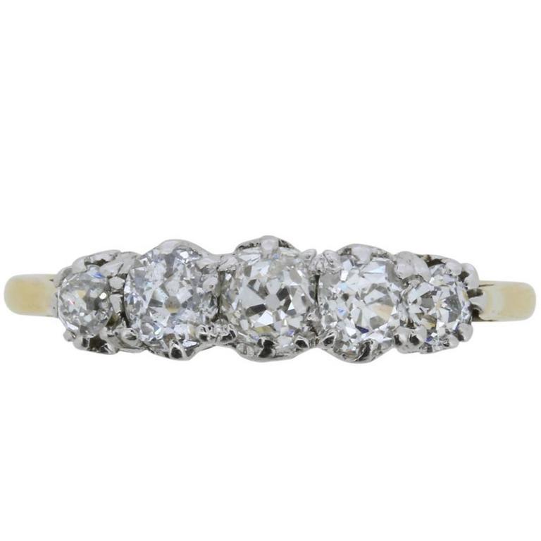 Late Victorian 0.85 Carat Old Cut Diamond Five-Stone Ring, circa 1900s