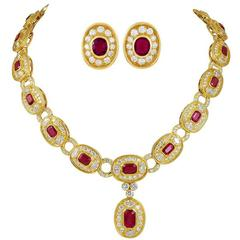 Bulgari Ruby Diamond Gold Suite
