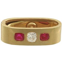 1900s Diamond and Ruby Yellow Gold Scarf / Cravat Clip