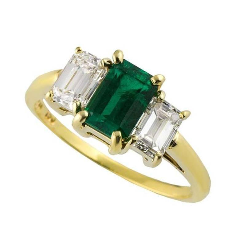 Tiffany & Co. Emerald Diamond Yellow Gold Trilogy Ring For Sale