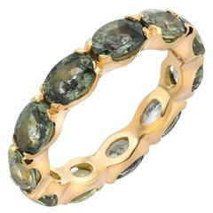 Boorma 18 Karat Yellow Gold Green Sapphire Eternity Band