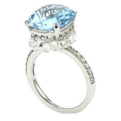 Ring White Gold 18 Karat 5.00g Blue Quartz 7.90 Carat White Diamonds 2.58 Carat