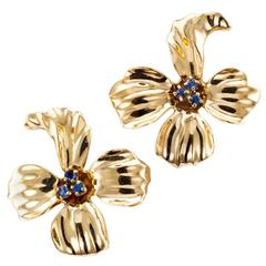 1950s Sapphire Gold Dogwood Flower Ear Clips