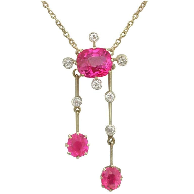 1900s 2.29 Carat Ruby and Diamond Yellow Gold Necklace
