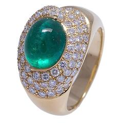Elegant Emerald Cabochon and Diamond Cocktail Ring