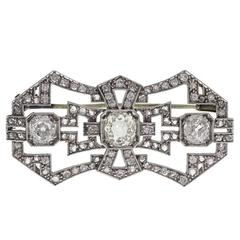 Fine Art Deco with Rose-Cut and Larger Diamonds Platinum Brooch
