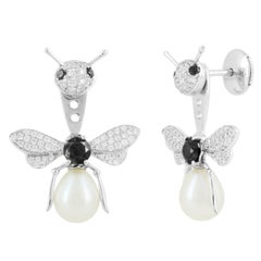 Stud and Ear Jacket Bee 18 Karat White Gold and Black Diamonds