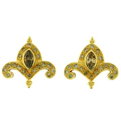 Crevoshay Fleur-de-Lis Cognac Diamond 18 Karat Yellow Gold Earrings