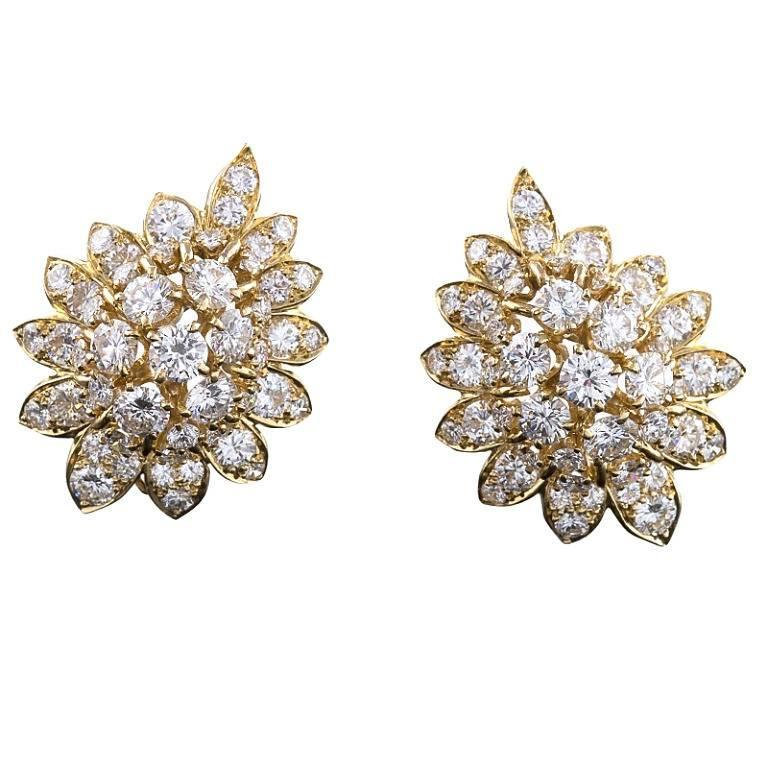 Van Cleef & Arpels 1960's Diamond and Gold Earrings 1