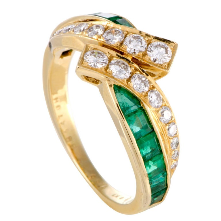 Van Cleef & Arpels Diamond Emerald Yellow Gold Band Ring