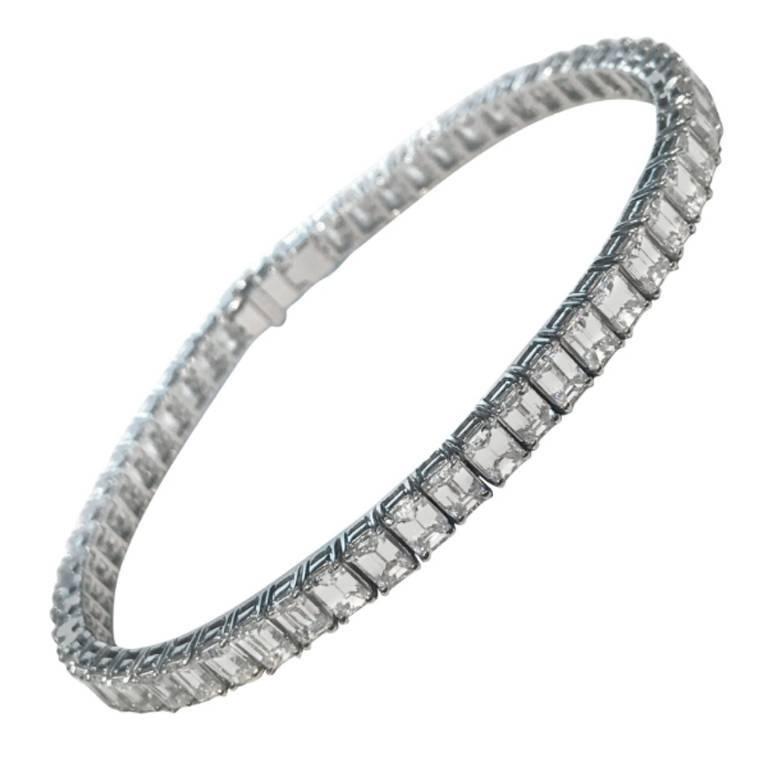 Emerald Cut Certified Diamonds 10.55 Carat on Platinum Tennis Bracelet