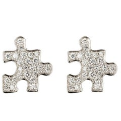 Akillis Puzzle Earrings 18 Karat White Gold White Diamonds