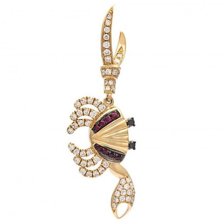 Yvonne Leon Contemporary Crab Earring 18 Karat Yellow Gold Diamonds and Ruby For Sale